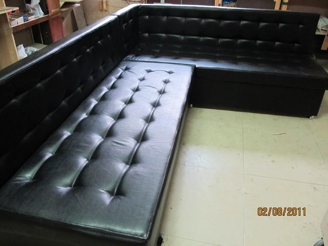 Угловой диван кожзам Москва