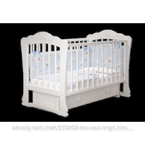 Детская кровать  Амалия 3 с маятником+ящик.цветбелый,слоновая кость.