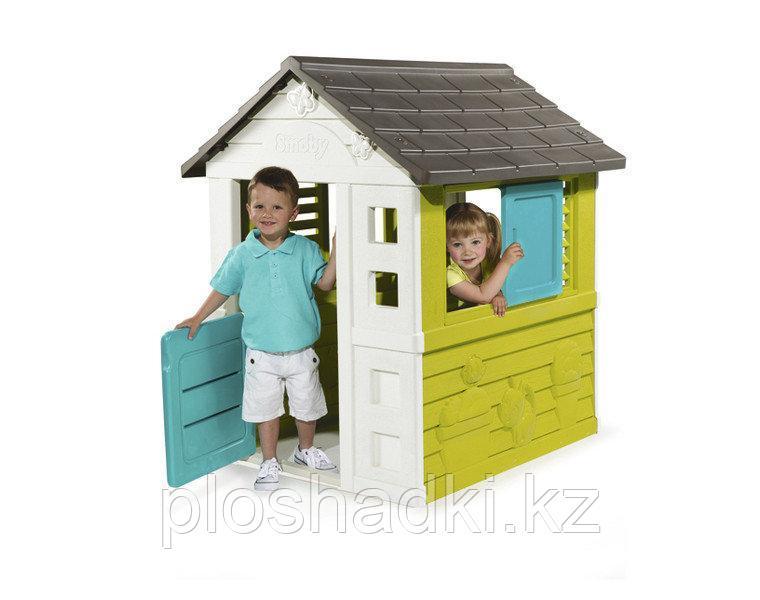Детский домик, дверь, окно, крыша.