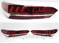 Задние фонари с хромом на Camry 70 2018- стиль Lexus Красный