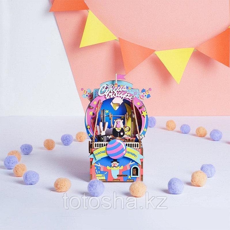 "Музыкальная шкатулка Robotime ""Amusement park Парк развлечений"""