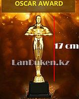 Фигура сувенирная Оскар с квадратной подставкой средняя (17 см) с возможностью гравировки