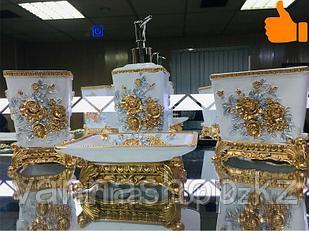 Фарфоровый набор для ванной (золотисто-белый)