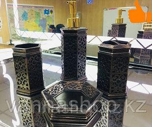 Фарфоровый набор для ванной (темно-коричневый)