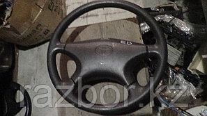 Рулевое колесо Toyota Carina ED