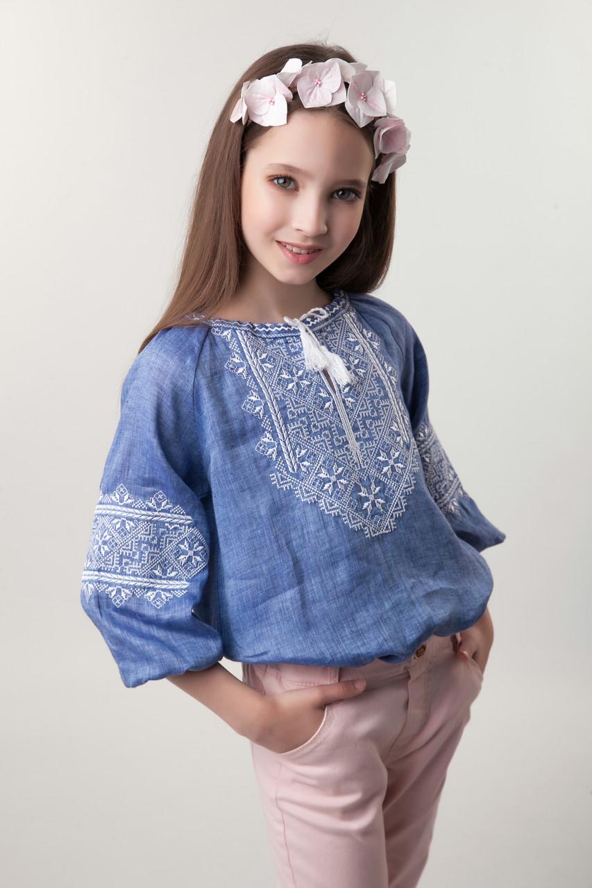 Джинсовая вышиванка для девочки - фото 1