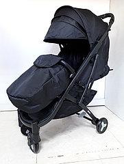 Качественная, легкая коляска Mstar