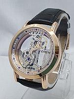 Часы унисекс Corum 0010-60