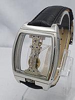 Часы унисекс Corum 0018-60