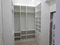 Шкафы-купе, шифоньеры, прихожие, гардеробные 37