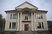 Входная группа частного дома с колоннами, фото 1