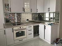 Кухонный фартук из зеркала с гравировкой