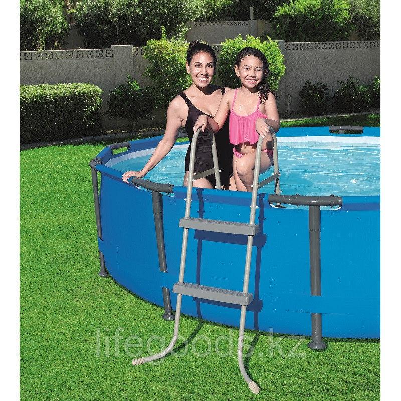 Лестница для бассейнов высотой борта до 84 см, Bestway 58430