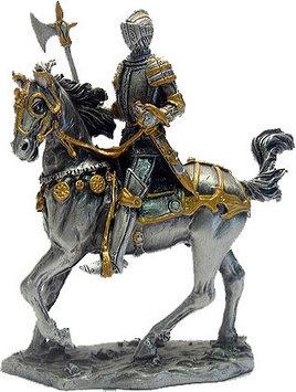 Статуэтка оловянный солдатик Wise Unicorn Рыцарь-крестоносец на коне с топором, Высота: 105 мм, Материал: Олов