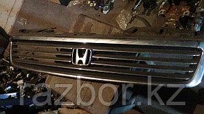 Решетка радиатора Honda Stepwagn