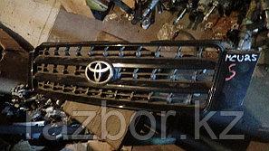 Решётка радиатора Toyota Kluger (Highlander)