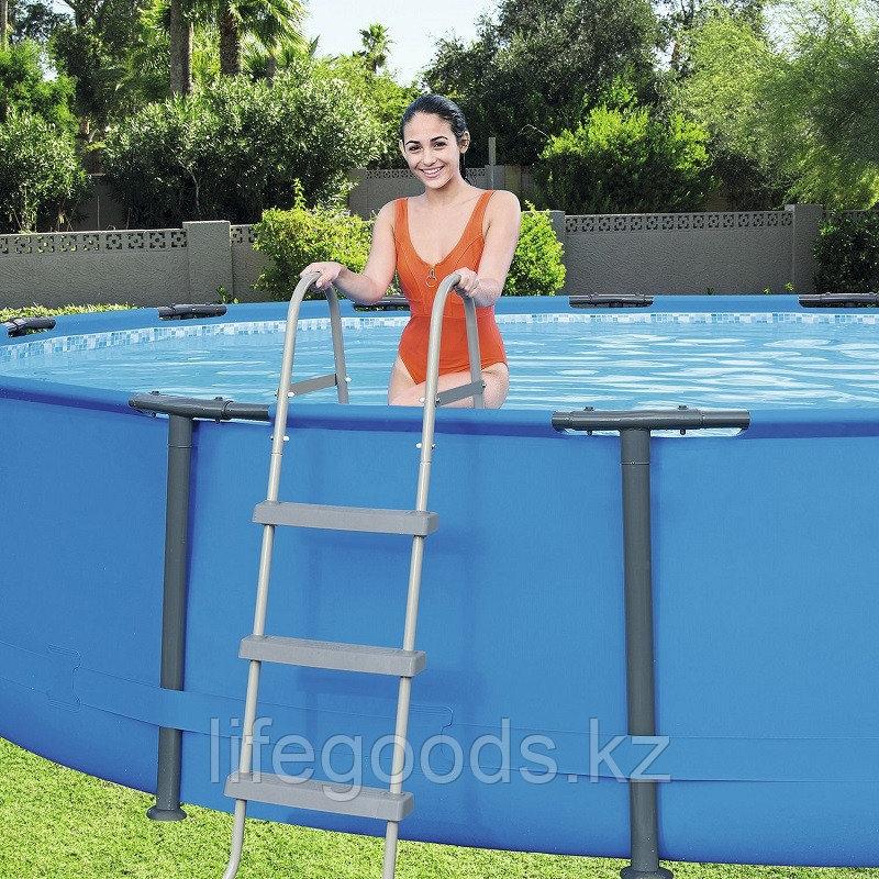 Лестница для бассейнов высотой борта 107 см, Bestway 58335