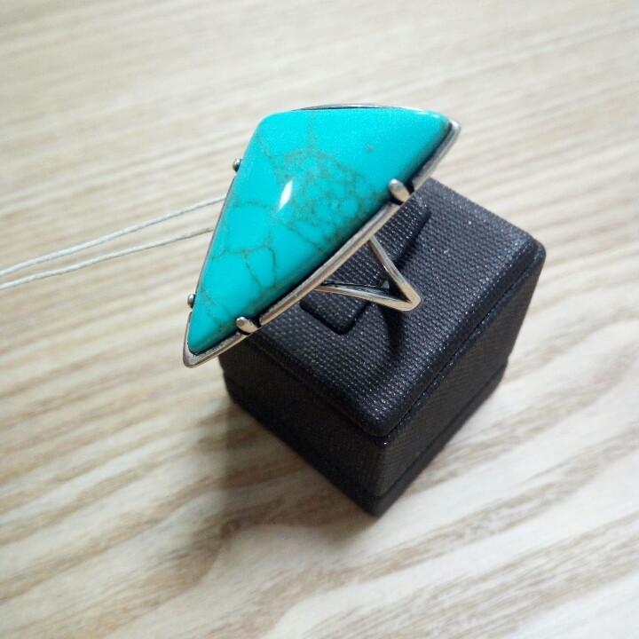Кольцо с бирюзой / 19 размер