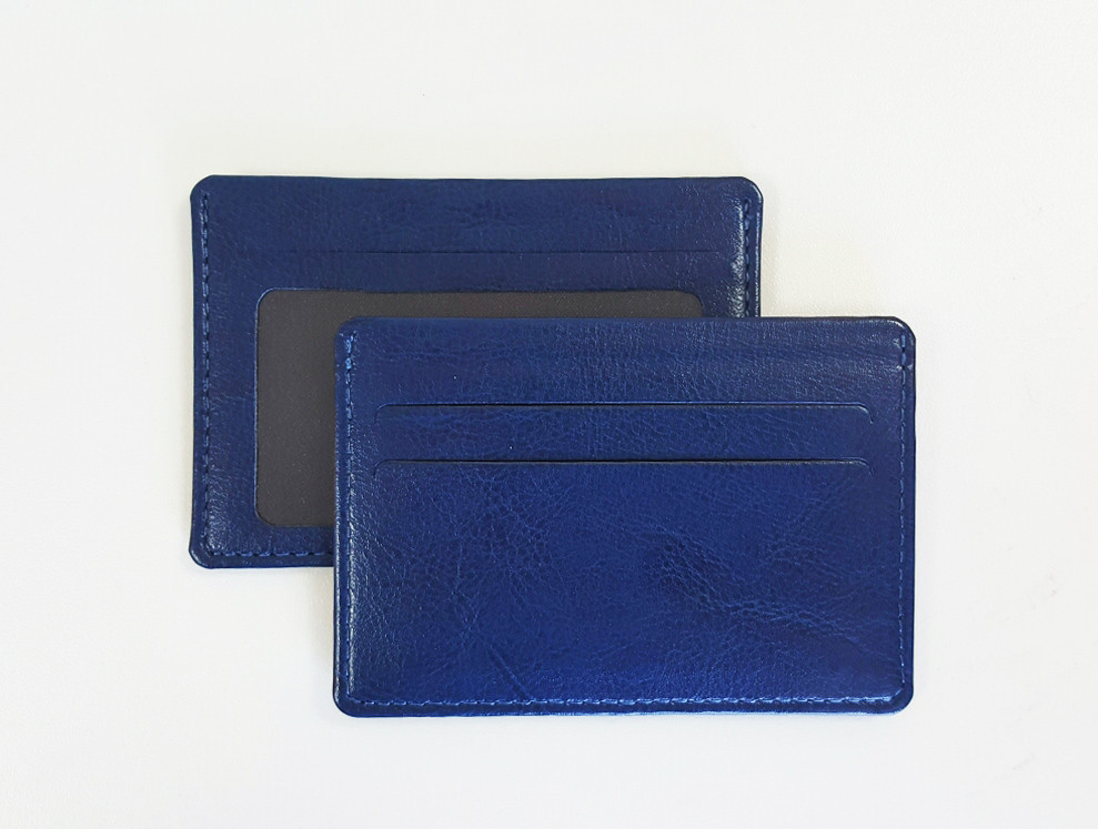 Картхолдер с окошком, размер 75х107мм, цвет синий