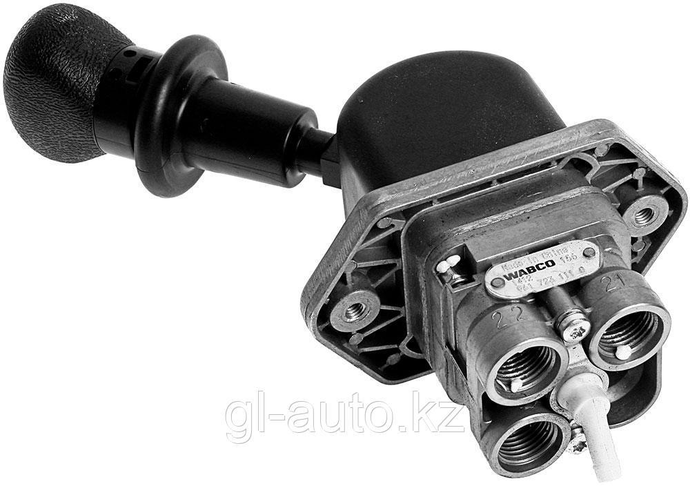 Кран ручного тормоза 3 вывода Евро-2