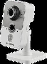DS-2CD2442FWD-IW - 4MP Внутренняя кубическая WiFi камера.
