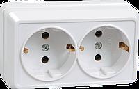 Розетка 2-местная для открытой установки РС22-3-ОБ с заземляющим контактом 16А ОКТАВА белый IEK