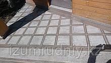 Тротуарная плитка гранитная 300*300