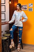 Вышиванка женская Окошко, бежевый лен, голубая вышивка