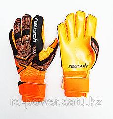 Вратарские перчатки REUSCH