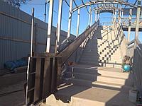 Наклонный подъемник для мостов и подземных переходов для инвалидов