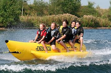 Буксируемый водный аттракцион банан Jobe Multi Rider Long 5P, Кол-во мест: 5, 5, Безопасность на воде: Да, Дре