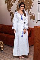 Белое длинное платье с вышивкой Цвет папороти