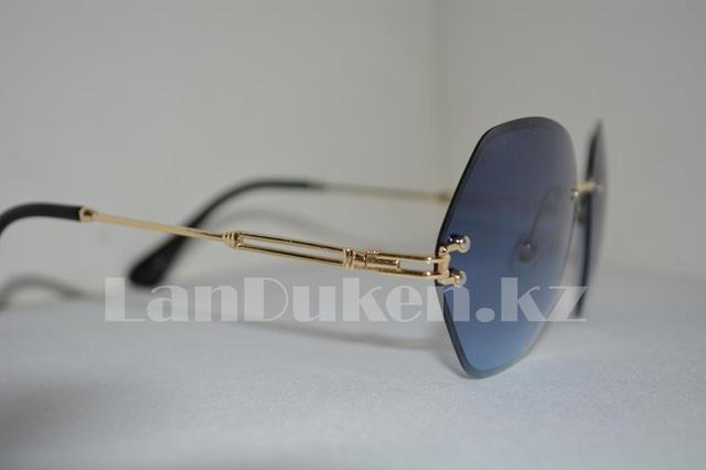Солнцезащитные очки-авиаторы геометрической формы с темно-голубыми линзами