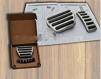 Накладки на педали на Range Rover Sport 2013-15