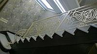 Кованные перила на лестницу