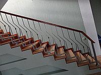 Изготовление лестниц с кованными перилами балясинами