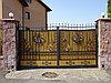 Ворота с красивой ковкой