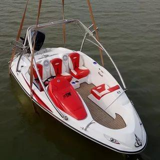 Моторная лодка J2