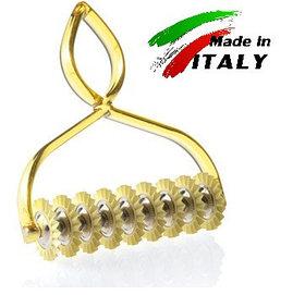 Нож - лапшерезка для нарезки теста на лапшу и пасту Marcato Classic Pastabike Oro, желтый