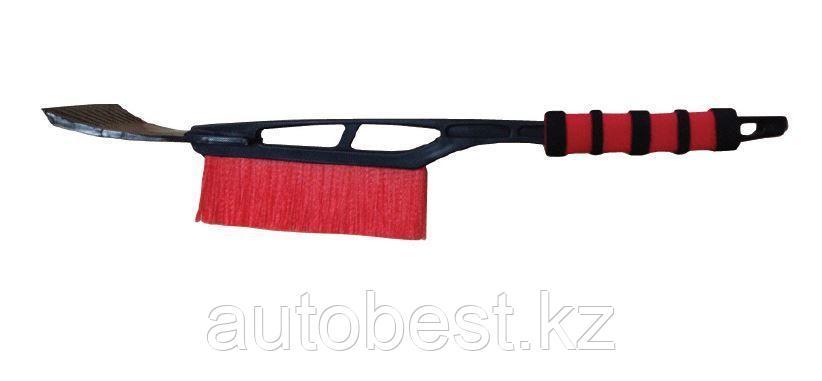 Щетка-скребок AVS WB-6301 (53 см) с мягкой ручкой и распушенной щетиной