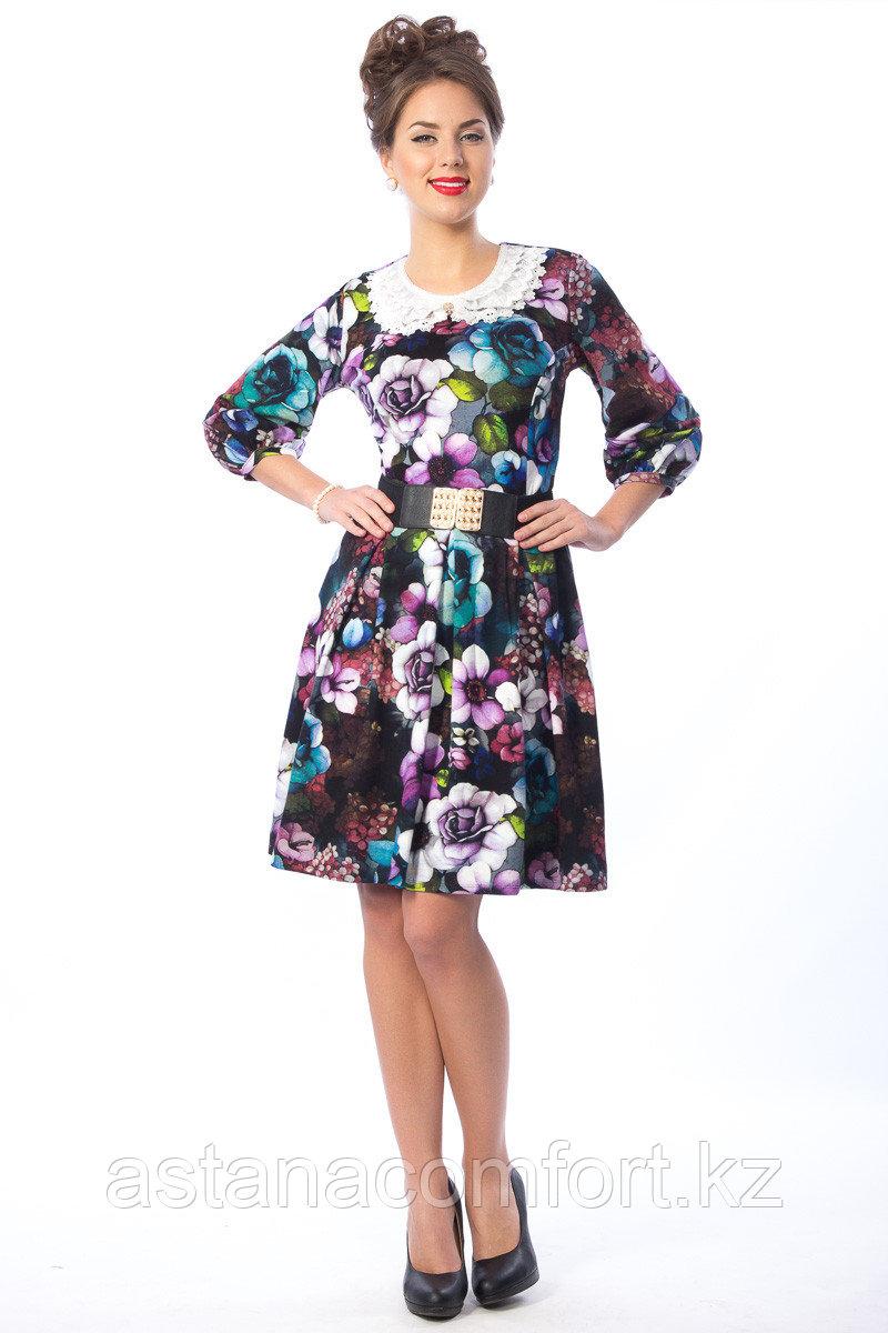 Яркое летнее платье с кружевным воротничком. Размеры: 44, 46