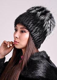 Женская зимняя шапка из натурального меха чернобурки и нутрии
