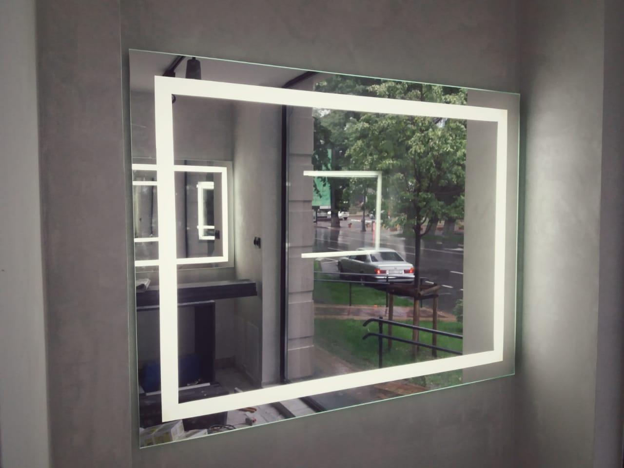 Зеркало с LED-подсветкой и пескоструйным рисунком, 800(В)х1000(Ш)мм