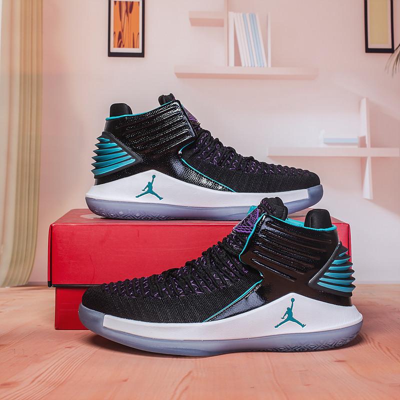 Баскетбольные кроссовки Air Jordan 32 (XXXII ) CEO