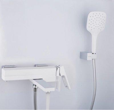 Gappo 3217-8 смеситель для ванны белый