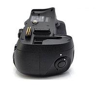 Батарейный блок на Nikon D700, фото 2