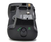 Батарейный блок на Nikon D700, фото 3