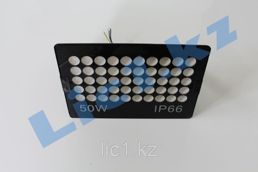 Светодиодный прожектор F17 50 Вт