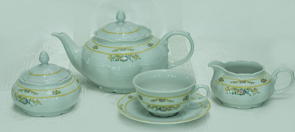 Сервиз чайный 6 персон 15 предметов 30098 Nicol