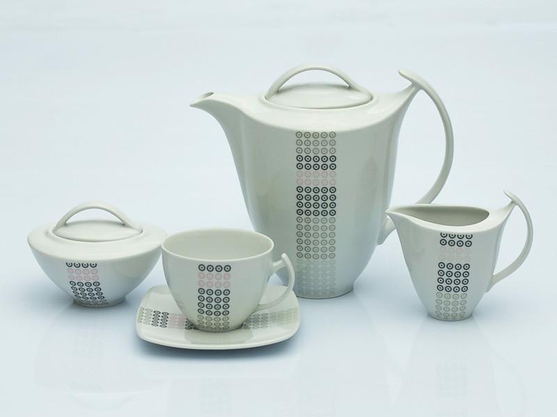 Сервиз чайный 12 персон 27 предметов Чехия Akcent E717